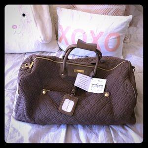 NWT Adrienne Vittadini Duffle Bag